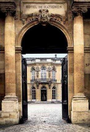 http://images.placesonline.com/photos/8443_paris_hotel_matignon_parigi.jpg