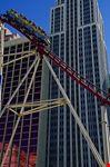montagne russe in cima al grattacielo