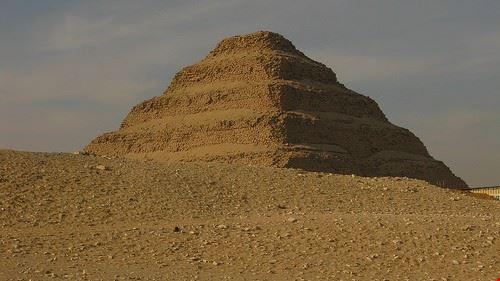 piramide di saqqara