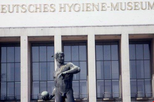84987  deutsches hygiene-museum