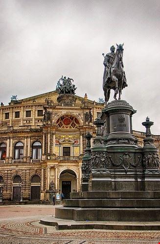 opera house and ballet recitals