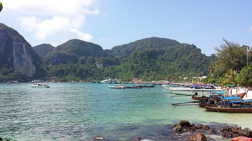 85093  phi phi island
