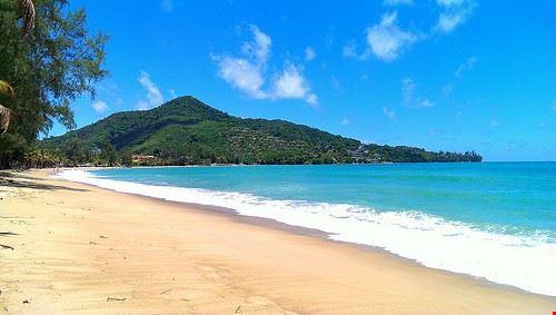 85095  kamala beach