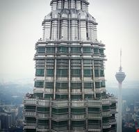 85122  petronas towers