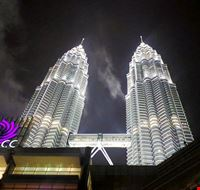 85125  petronas towers