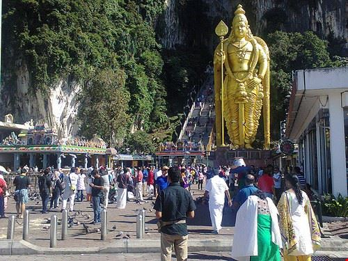 85149  batu caves and temple tour