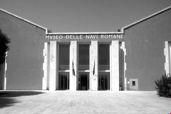 85274 nemi museo navi romane nemi