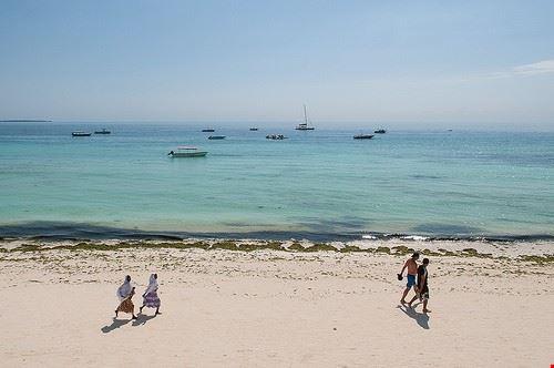 85653  spiaggia di kendwa