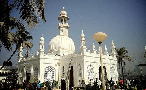 85780  moschea di haji ali