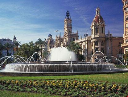 valencia piazza plaza del ayuntamiento