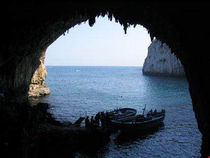 Grotte marine di Vieste un paradiso da visitare www.itesoridelsud.it