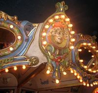 86879  carousel piano bar e lounge