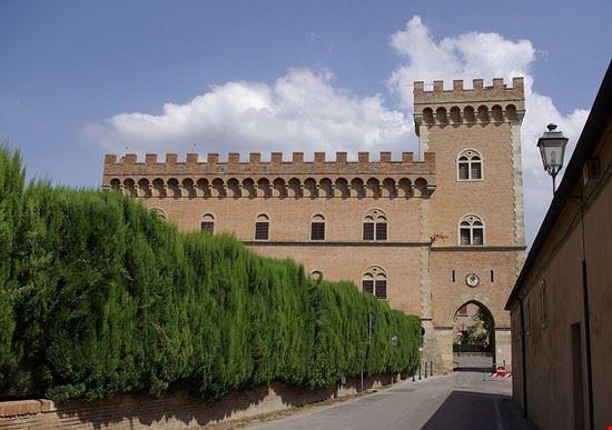 bolgheri castle