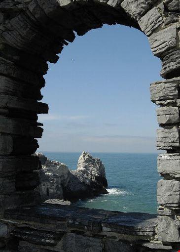 finestra sulla Grotta di Lord Byron