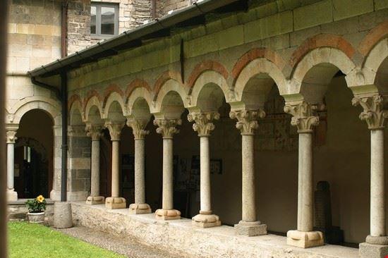 87702 abbazia di piona colico