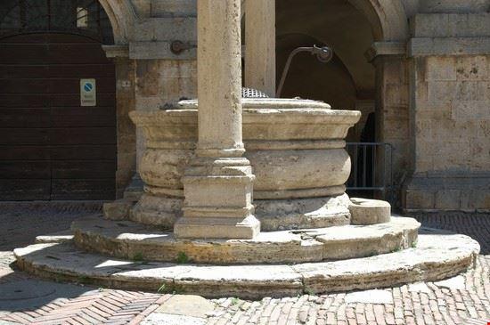 galleria grande venaria reale montepulciano