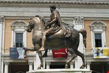 statua equestre di marco aurelio roma