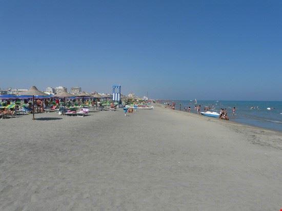 87922 barletta spiaggia barletta