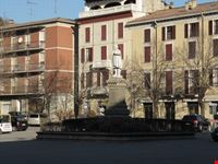 Monumento in Piazza