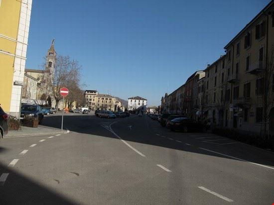 La grande piazza principale
