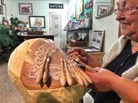 lavorazione artigianale dei merletti