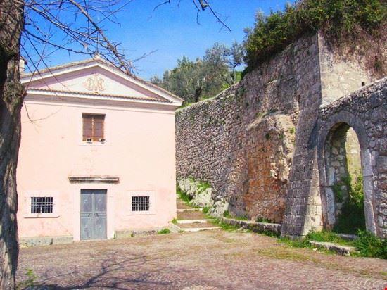 88494 alatri chiesa portadini alatri