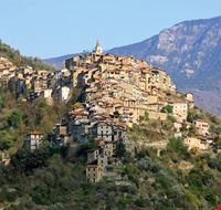 88739 apricale apricale panorama