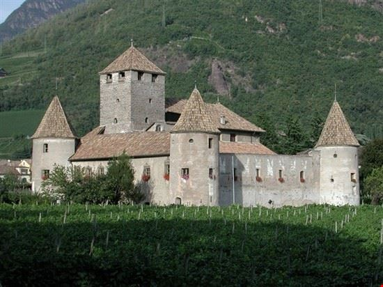 castel mareccio bolzano