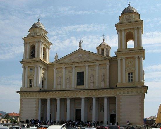 89214 imperia basilica san maurizio imperia 1