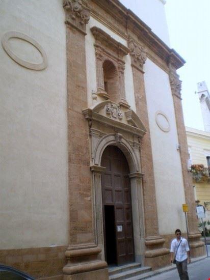 chiesa del carmine taranto