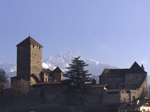 castello tirolo