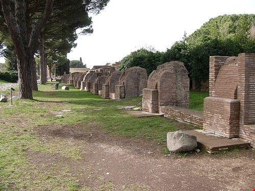 rovine di ostia antica