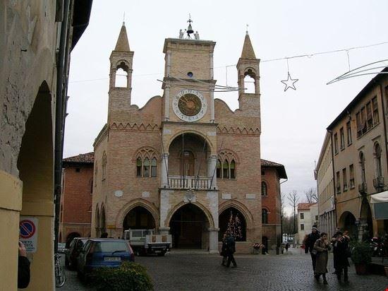 palazzo comunale pordenone
