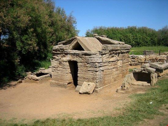 90110 populonia parco archeologico
