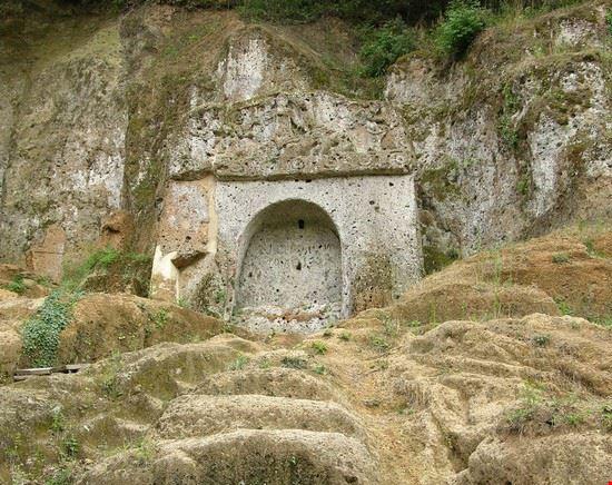 zona archeologica sovana