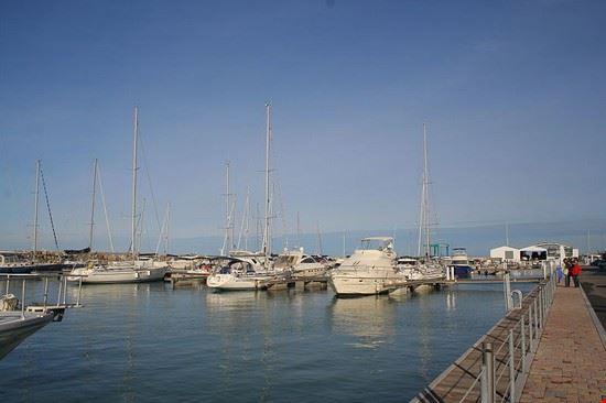 90206 san vincenzo porto san vincenzo