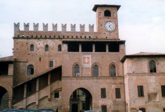 palazzo podestà castell'arquato