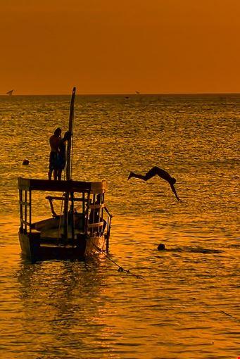 cool off in Zanzibar