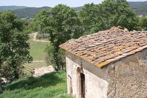 90492  il medioevo tra le valli