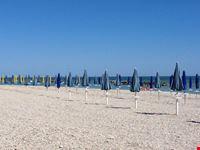 spiaggia dei gabbiani fano