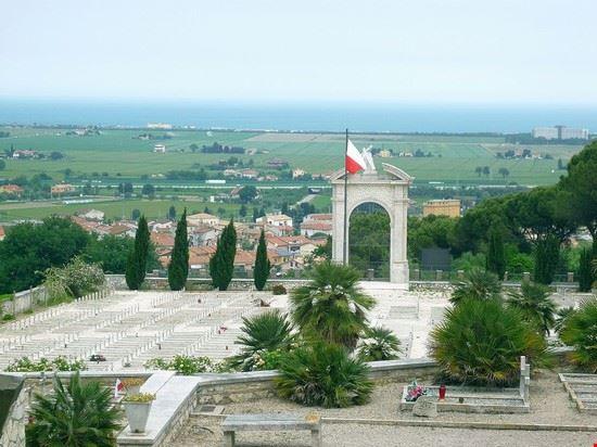 91128 loreto cimitero militare polacco 2