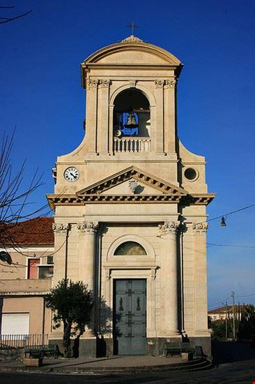 chiesa altarello riposto