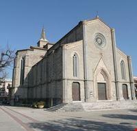 chiesa santa maria san pietro pedaso