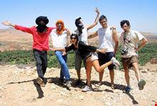 marrakech marocco marrakech deserto in gruppo di amici