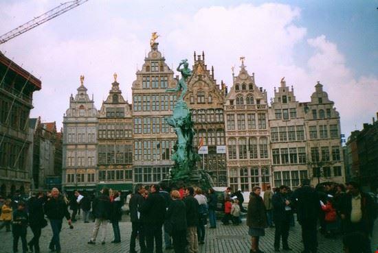 Anversa Grote Markt