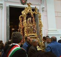 processione di santa restituita a lacco ameno