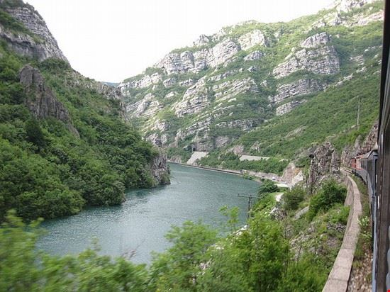 92434 sarajevo bosnia mountains