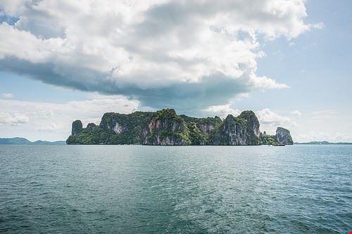 93012  phi phi islands