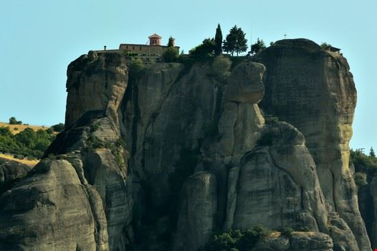 93211 larissa monasteri di meteora