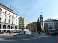piazza monte grappa varese